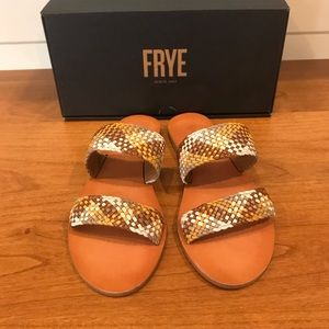 Frye   Ruth Woven Leather Slides